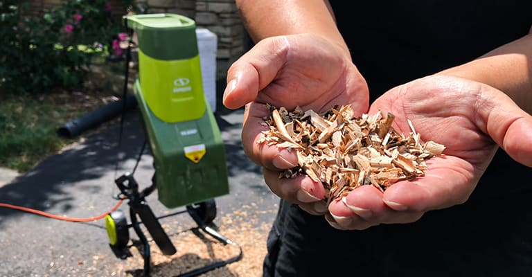 Best electric wood chipper buyers guide