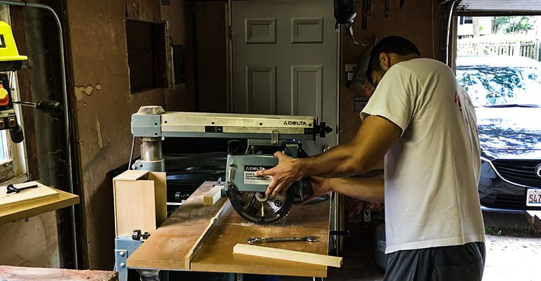 Best radial saw blade buyers guide