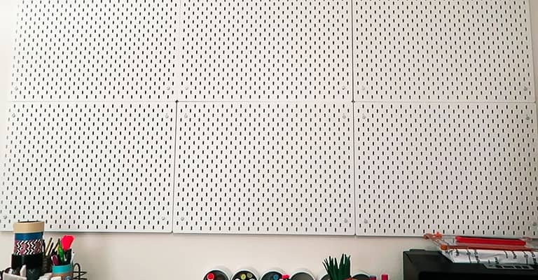 Hang-the-Pegboard-1