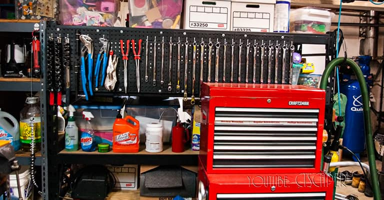 Tips-for-Hanging-Pegboard