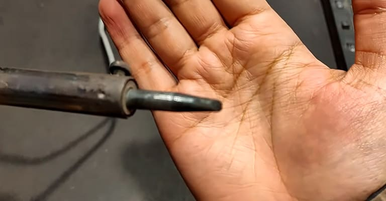 Why-does-a-Soldering-Iron-Get-Dirty