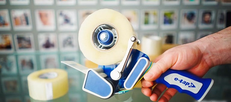 Best tape guns l Fast and effortless packaging with this top 6